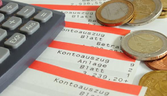 Portrait Zahlungsanweisung & Überweisung © Tobif82, Fotolia