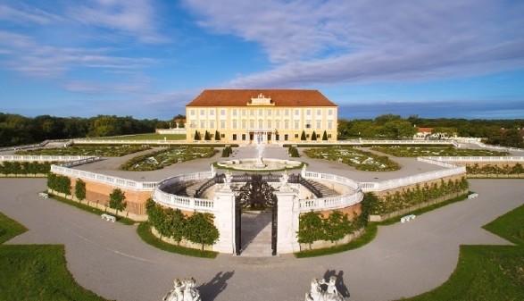 Schloss Hof Gartenansicht © Harald Boehm, SKB
