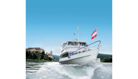Großaufnahme Schiff ©   , BRANDNER Schiffahrt GmbH