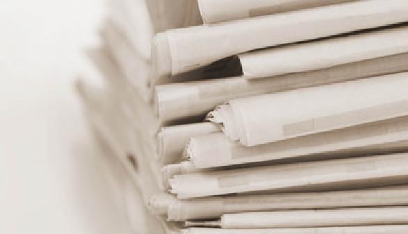 Zeitungen © Fotolia.com, robynmac
