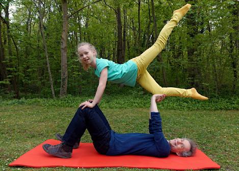 Tochter & Vater Akrobatik © Martin Krinninger,
