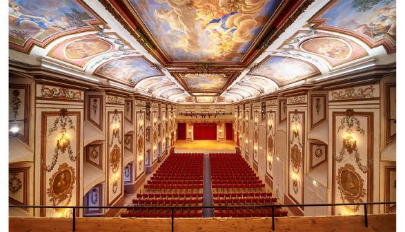 Blick von Balkon auf Bühne © Paul Szimak, Esterhazy