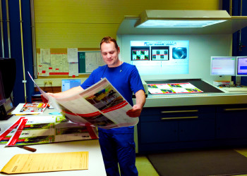 Martin Greylinger von der Druckerei Berger in Horn kümmert sich auch in herausfordernden Zeiten gerne um die Anliegen seiner KundInnen und sorgt für optimale Druckqualität und Termintreue. ©  , AK Niederösterreich, zVg