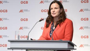 AK Direktorin Bettina Heise bei der Vollversammlung. © A. Kromus, AK Niederösterreich