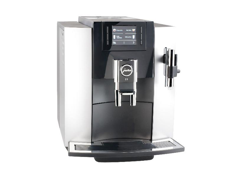 Jura E8 Platin: Testsieger Kaffeevollautomaten © Stiftung Warentest, VKI