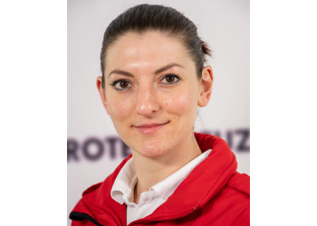 Manuela Viehberger ist Notfallsanitäterin beim Roten Kreuz Pöggstall und findet gerne Zeit für den Sanitätsdienst in Coronazeiten. ©  , AK Niederösterreich, zVg