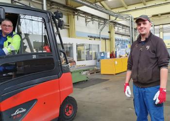 Ernst Palmanshofer und Jürgen Wollanka (v.l.) von der DOKA Group garantieren den Nachschub der Schalungstechnik, sobald die Bauwirtschaft wieder durchstartet. ©  , AK Niederösterreich, zVg