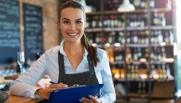 Angestellte in der Gastronomie © pikselstock, stock.adobe.com