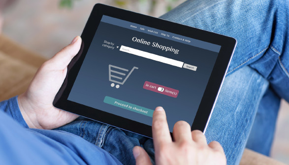 Online-Shopping per Tablet © Denys Prykhodov, stock.adobe.com