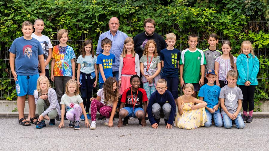 Mit viel Spaß digitale Kompetenzen erwerben – 20 begeisterte Kids bei der ersten von zwei AK Kids Digiweeks in St. Pölten.  © Mario Scheichel, AK Niederösterreich