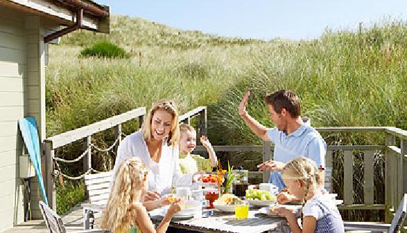 Urlaub mit Familie - Eine kostspielige Angelegenheit © micromonkey, Fotolia.com