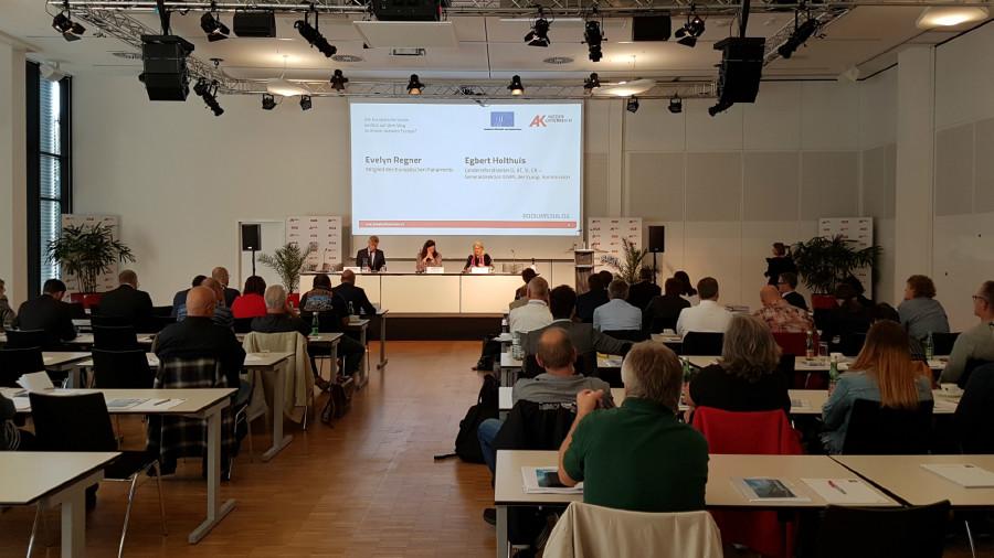 Enquete für ein soziales Europa mit Gabriele Bischoff und Evelyn Regner © Mag. Christoph Kunz, AK Niederösterreich